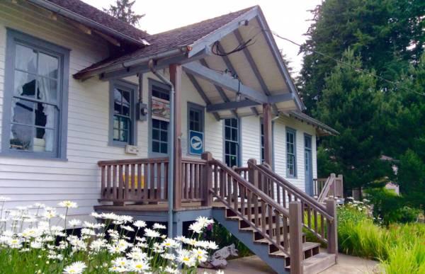 Knappton Cove Heritage Center photos of building